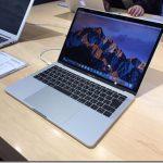 新型Mac Book Pro見てきました